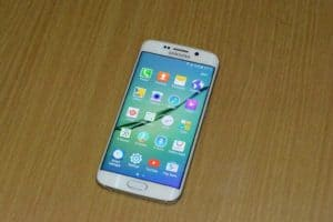 DSC 0713 300x200 - Samsung Galaxy S6 Edge  Review
