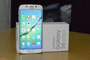 Samsung Galaxy S6 edge 51 300x200 - Samsung Galaxy S6 Edge  Review