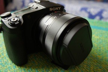 DSC01895 360x240 - Sony RX10-II: A Hands On Review
